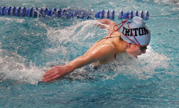 BRYAN EATON/Staff photo. Sarah Harrington in the 100 yard butterfly.