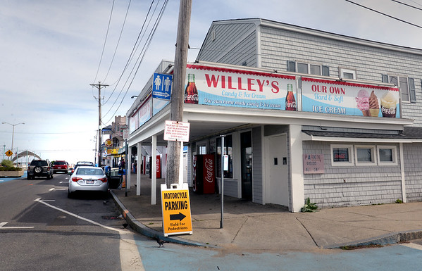 BRYAN EATON/Staff photo. Willey's Candy Shop at Salisbury Beach center is being sold to local businessman Wayne Capolupo.