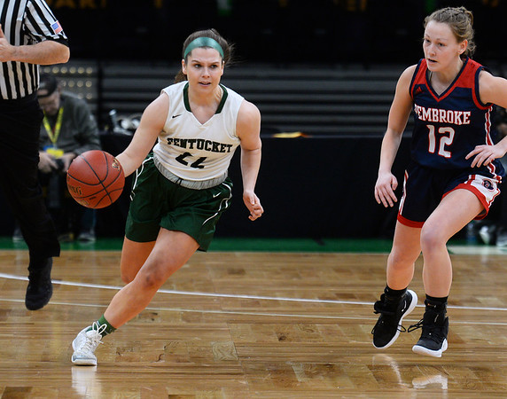 CARL RUSSO/staff photo. Pentucket's Angelina Yacubacci races up court. The Pentucket Sachems defeated Pembroke 53-38 in D2 girls basketball state semifinals at the Boston Garden. 3/13/2019