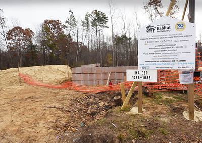 BRYAN EATON/Staff photo. Homes through Habitat For Humanity are being built on Old County Road in Salisbury.