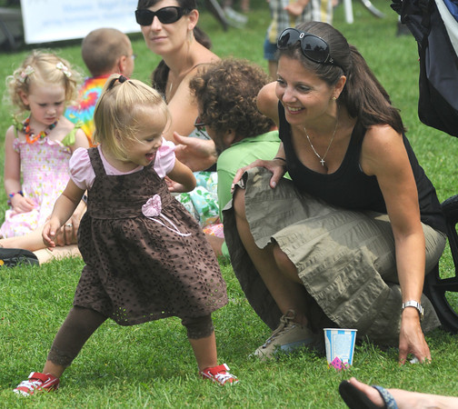 Newburyport:Simone Chabot, 2, dances with her mom Nicole at Old Fashioned Sunday on the Bartlet Mall.<br />  Photo by Jim Vaiknoras/Newburyport Daily News Sunday, July 27, 2008SImone