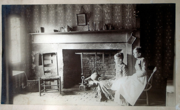 Elizabeth and Nellie Getchell in the Ross Pillsbury House on High street in Newburyport in a photo from the mid 1800s