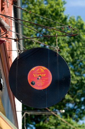 Sign at Dyno Records on Middle Street in Newburyport