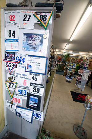 Medals and race number on display at the Yankee Runner