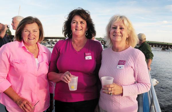 Newburyport: Jan Manning, Newburyport, Cathy Manning, Newburyport and Karen Cameron of Plum Island. Bryan Eaton/Staff Photo