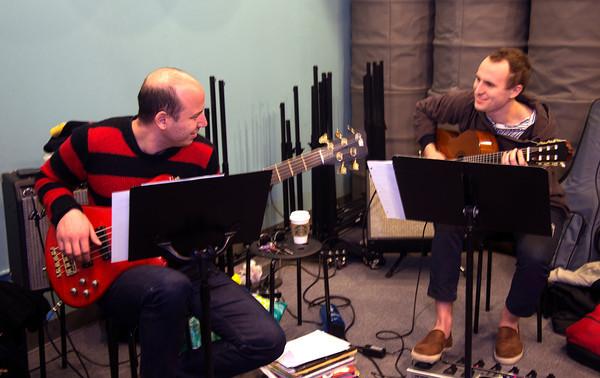 Yamam Akdogah, left, and Dan Searl rehearse at Zach Field Studio. Jim Vaiknoras photo