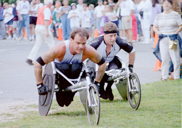 JIm Vaiknoras photo, Yankee homecoming road race 1993
