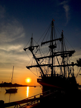 Morning Glory by Laurie Contrino, one of the pieces of art for the El Galeon exibit at the Custom House this fall.