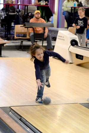 JIM VAIKNORAS/Staff photo Alexis Bondjoukdjian, bowls in her league at Leo's in Amesbury