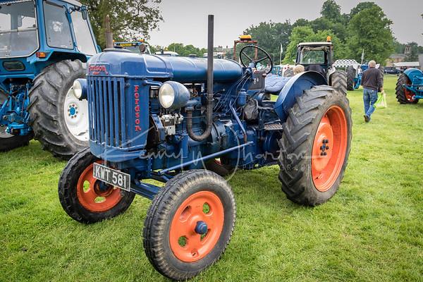 KWT 581 Fordson Majoe E27N