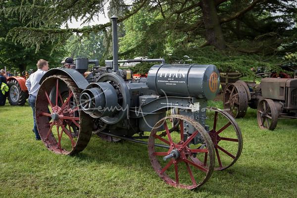 1919 International Titan 10-20