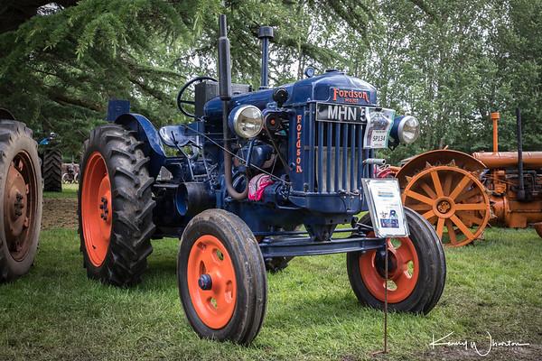 MHN 55 1949 Fordson E27N Major
