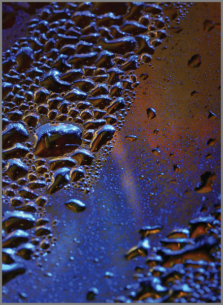 inside from the outside - bubbles in our Cuisinart Keurig machine, shot from the outside ;o)