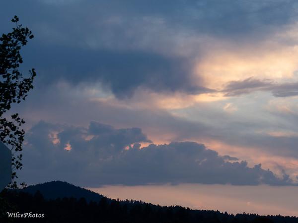 SunsetOverWesterlyHills; 18June2021; P6188223