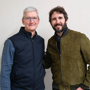 12/18/19 - joshgroban Verified Yesterday I had the great pleasure of performing at @apple HQ in Cupertino to benefit @toys_for_tots_organization. Thank you, Tim Cook for your innovation and leadership and to our extraordinary @marines who, when they aren't fighting bravely for our country, are making sure kids everywhere have magical holidays this time of year. I ask everyone to please donate whatever toys or gifts you can to this great cause!