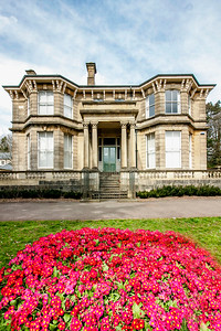 Beechwood House Newport Flower Display 3