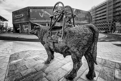 The Bell Carrier sculpture by Sebastien Boyesen in B&W