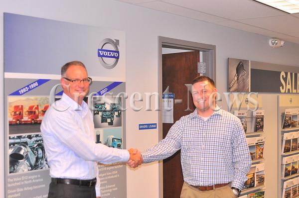 09-21-16 NEWS Stykemain Truck donation to Keller (KAVIC)
