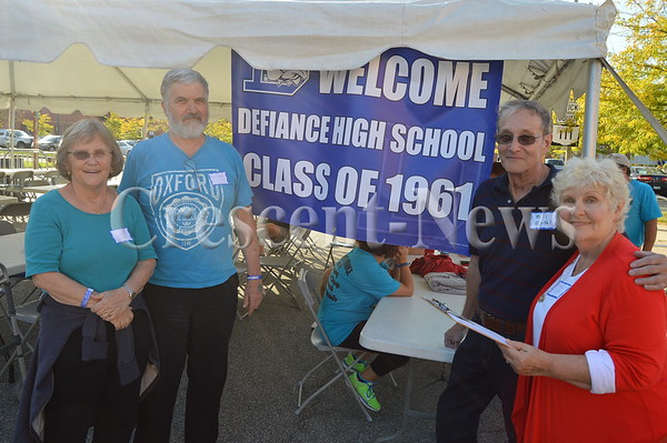 09-24-16 NEWS DHS Class of 61 Reunion & Features