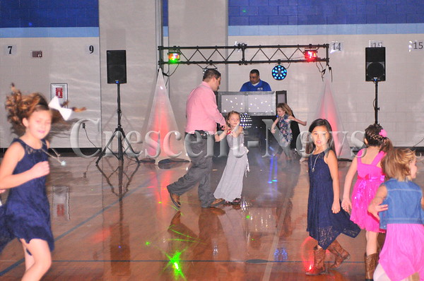 02-11-17 News Father Daughter dance @ Defiance Elementary
