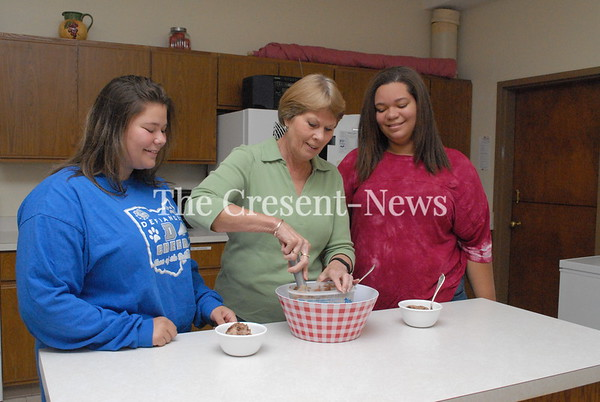 07-24-18 NEWS Ice cream social