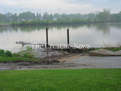 05-14-18 NEWS Pontiac debris