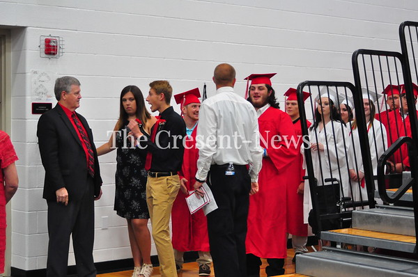 06-03-18 NEWS Hicksville HS Graduation