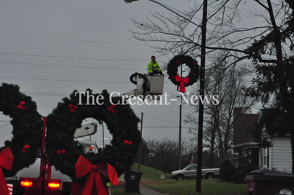 11-18-18 NEWS Defiance Christmas Wreaths