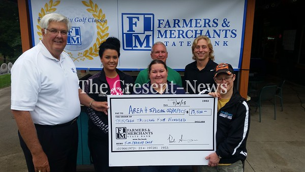 09-14-18 NEWS FM Bank donation