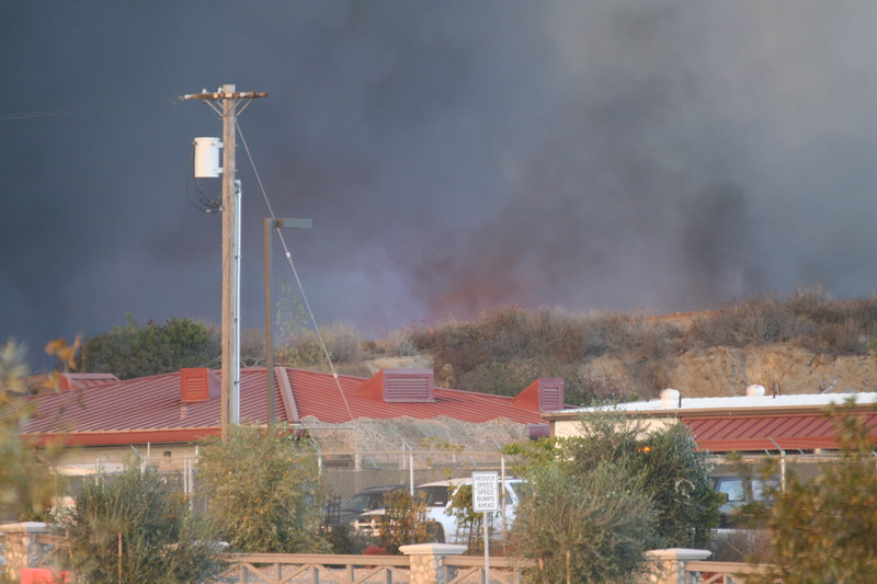 Camp Pendlton Fire 10-08 006