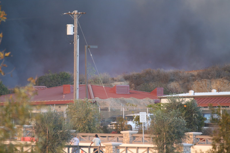 Camp Pendlton Fire 10-08 005