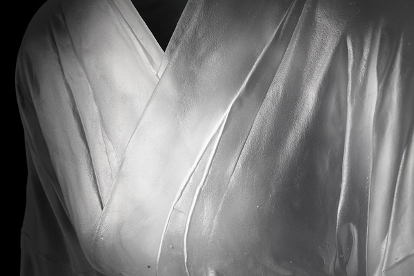 """Detail of glass kimono sculpture Ojigi Bowing that explores questions of culture identity perception and self 52"""" x 25"""" x 18"""" 2010"""