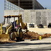 Dana construction Tuesday October 30, 2001. Les Hassell