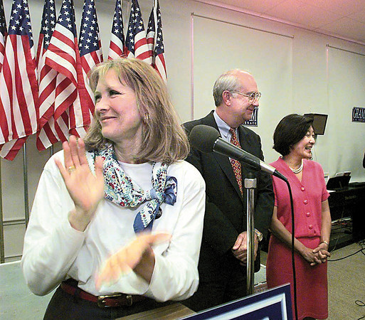 Marshall native and former Dallas series star Susan Howard introduces U.S. Senator Phil Gramm and his wife Wendy at a campaign rally Saturday morning at the Longview Community Center.  Lester Phipps, Jr.