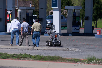 11-04-06 Bomb Scare on West Capital