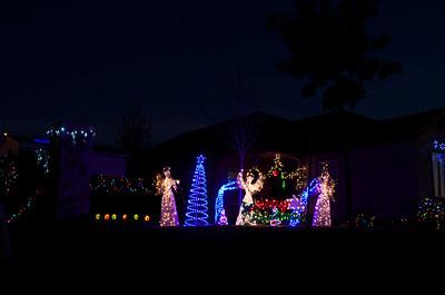 11-12-16 Christmas Lights on Bridgeway Lakes