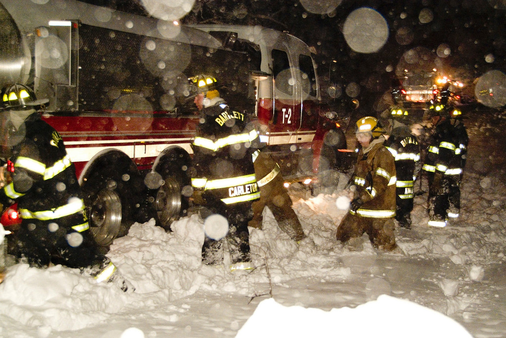 South Elgin Tanker 2 stuck in the snow at the Bartlett Box Alarm on Gromer Rd.