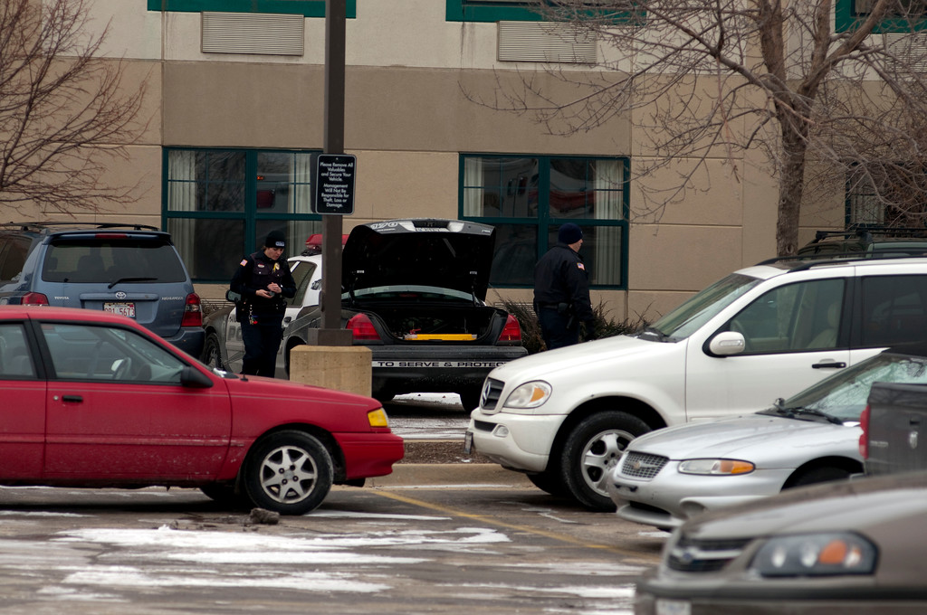 Hanover Park Police - Person w/gunshot wound at the Externded Stay - Jan. 26, 2010