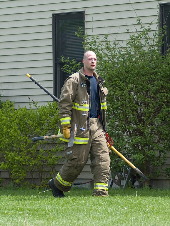 Elgin Firefighter (Engine 2) Mike Vogel, also his first structure fire!