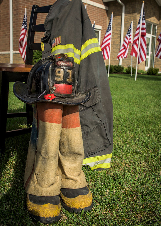 9/11 ceremony Carpentersville and flag tribute at East Dundee Station 1