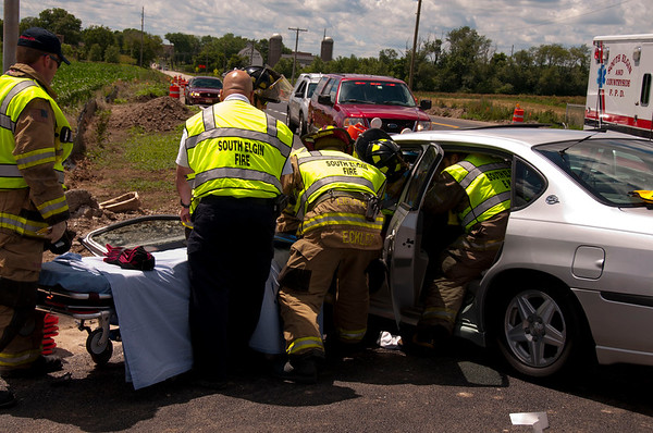 South Elgin Extrication Accident 25 & Kenyon - June 16, 2010