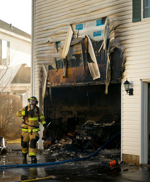 South Elgin Residential Fire - Jan 05, 2012