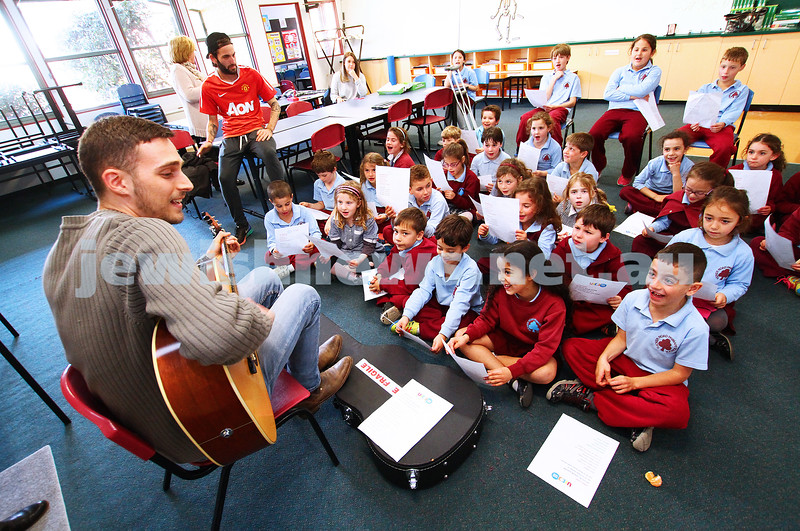 23-6-15. UJEB. Tucker Rd primary School. Students from Tucker Road Primary School were treated to a surprise for their last UJEB class of the term with special guest Omer Rosinger leading them on a  hebrew song sing along.