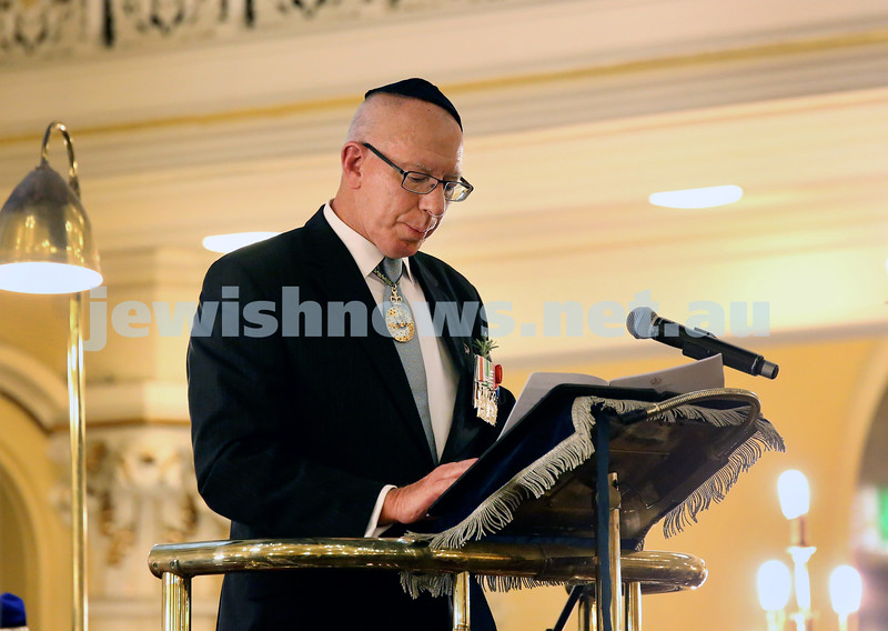 The Anzac Centenary Commemorative Service of the Jewish Community held at The Great Synagogue. NSW Governor David Hurley pauses as he gets emotional when talking about fallen Jewish soldier Greg Sher.