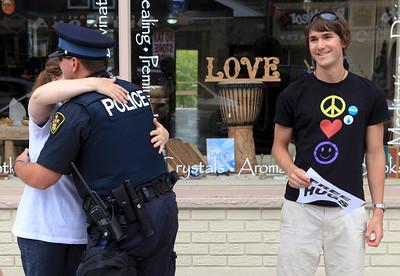 G8 Hugs in Huntsville, Ontario