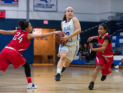 Leominster's Nicole Koweski drives past 2 Southbridge defenders. SENTINEL&ENTERPRISE/ Jim Marabello