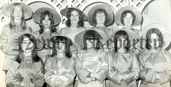 Panto senior Girls Chorus