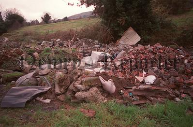 R9947106 U6 t:c More Rubbish