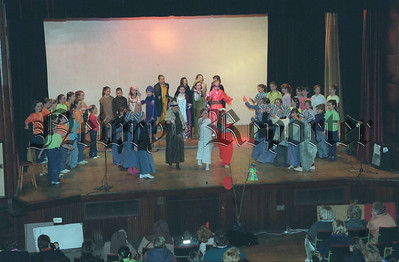 Y10 4:c St Clares Nativity.jpg
