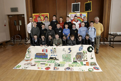 P7 pupils from St Patricks PS Newry,  and pupils from Scoil Mhuire Co. Monaghan who took part in a Cross Border exchange project organised by Cooperation Ireland. 05W16N13